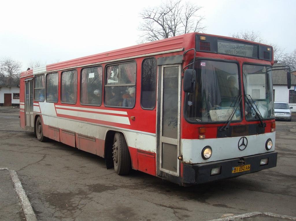 Одесские автобусы: http://odessatrolley.com/Buses/Others/17-Poltava.htm