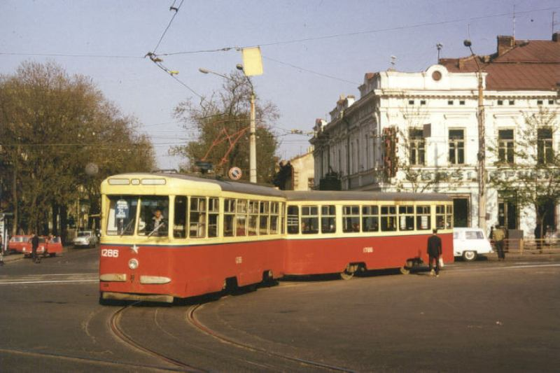 http://odessatrolley.com/Pictures/KTM/1286.jpg